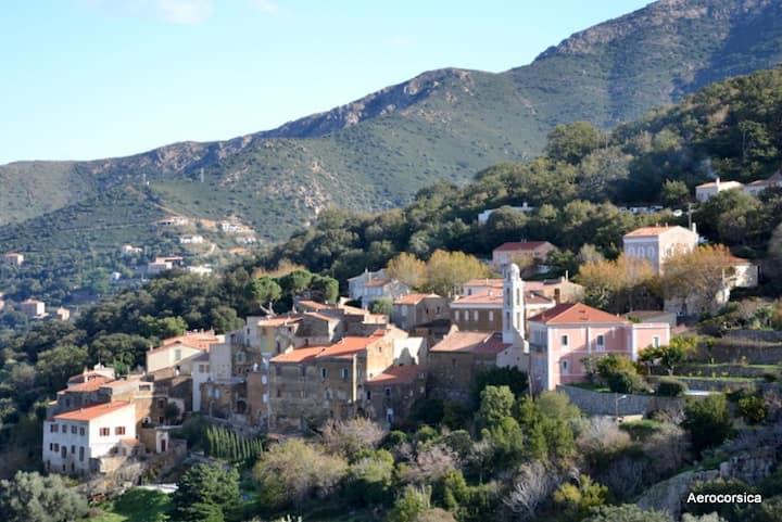 Maison Familiale au coeur du village en Balagne