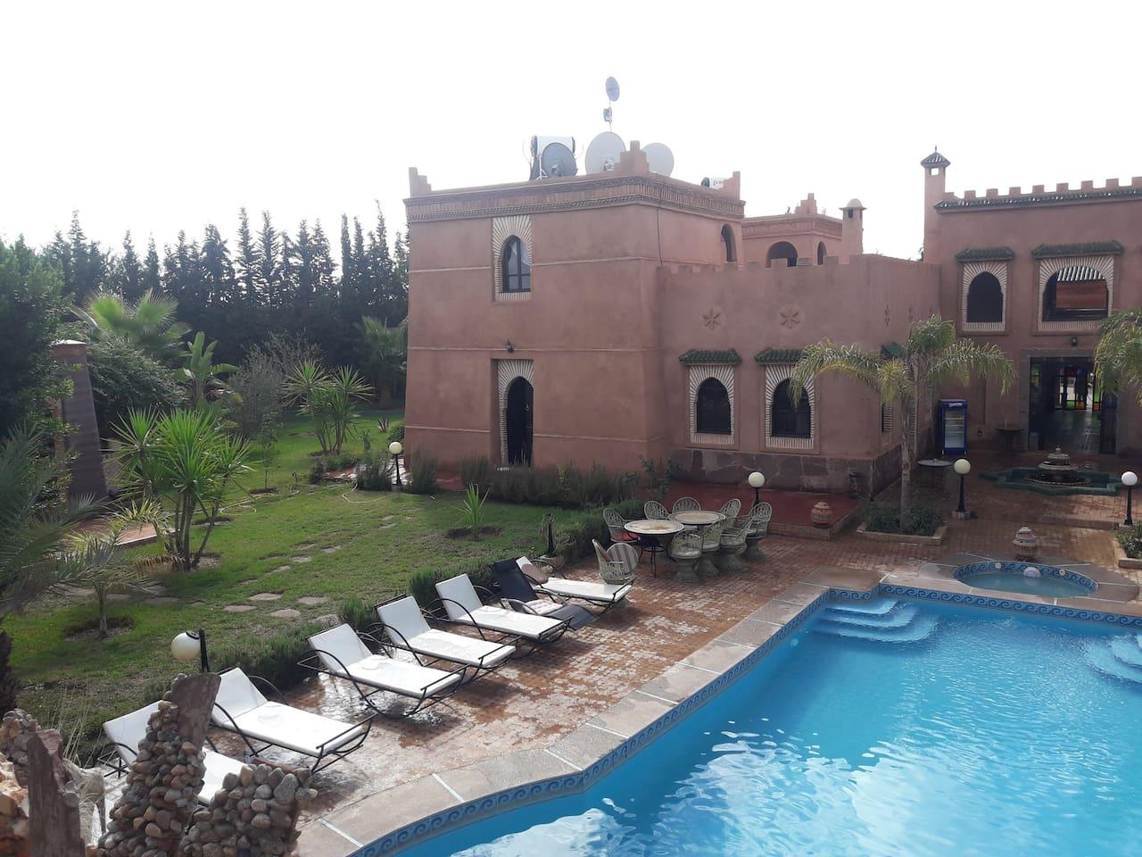 villa marocaine à bon prix pour groupe