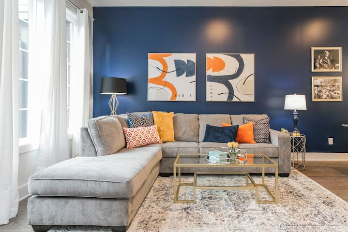Living Room ★ Welcome to the Melrose Place Nashville! ★ 3 Master Suites ★ 4 Full Bathrooms ★ Outdoor Deck ★ Walking Distance to Melrose/8th Ave and 12South!