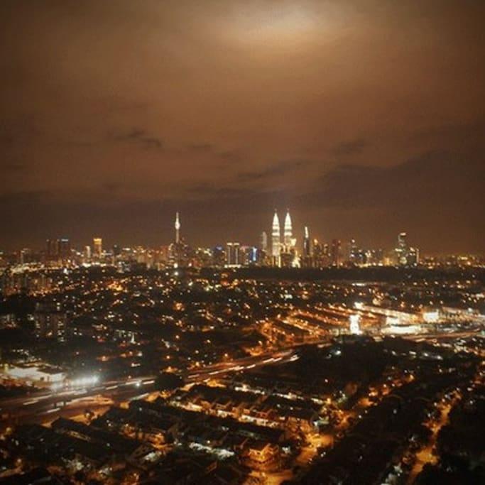 Kuala Lumpur Skyline & KLCC View