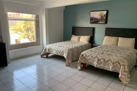 Spacious double room in downtown Morelia