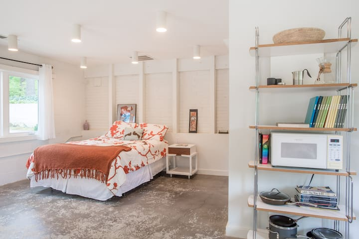 Little White Box Studio - Mableton - Apartamento