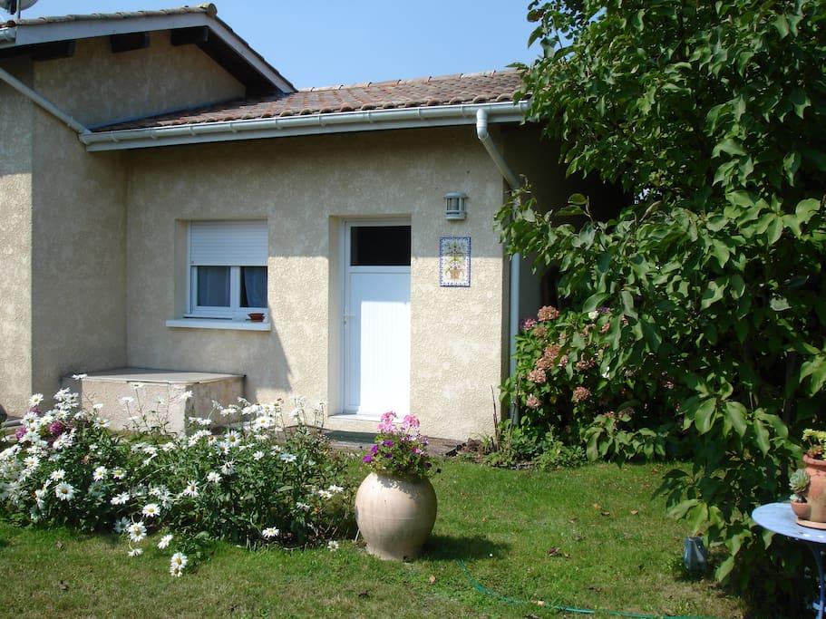 Studio sympa bassin d 39 arcachon maisons louer biganos aquitaine france - Maison bassin d arcachon location nice ...