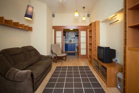 Оюнокомнатная квартира - Apartamento