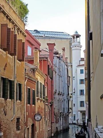 bright apartment with exclusive terrace - Veneza - Apartamento