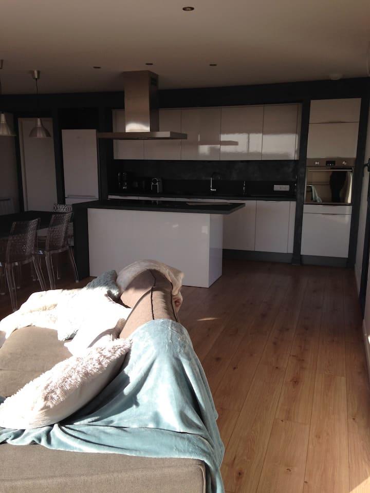 Appartement à la campagne, calme et spacieux
