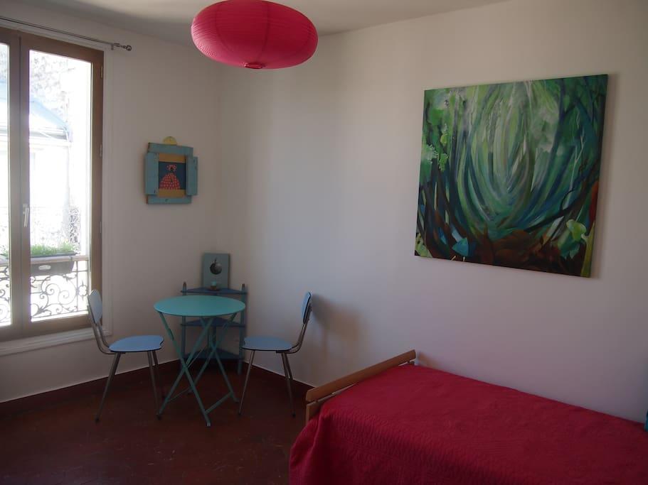 Studio a menilmontant paris 75020 flats for rent in for Living room 75020