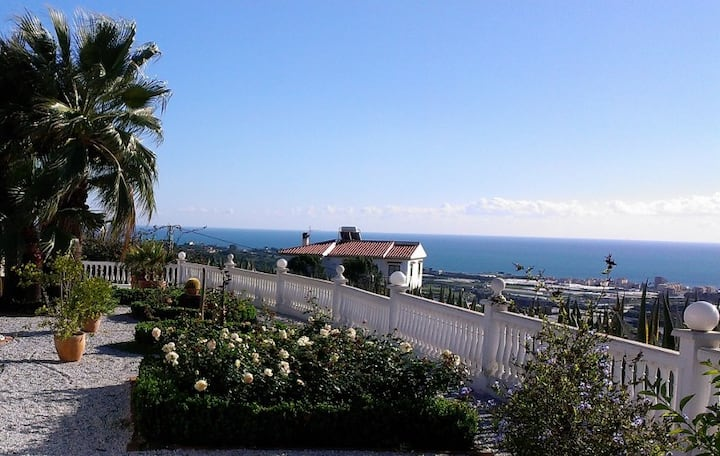 Casita with private pool/seaview/8min to the beach