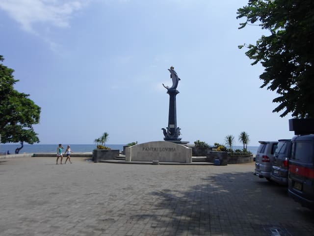 Lokasi Pantai Lovina - Buleleng - Daire