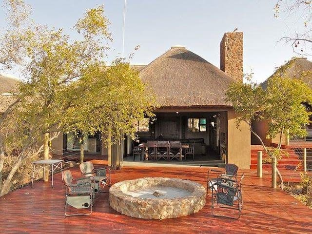 Elandsfontein 21, Private Game Lodge, Mabalingwe