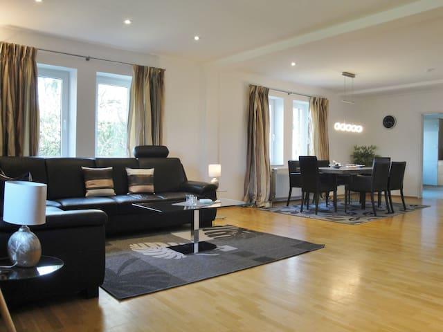 Top Wohnung für bis zu 6 Personen-perfekte Lage