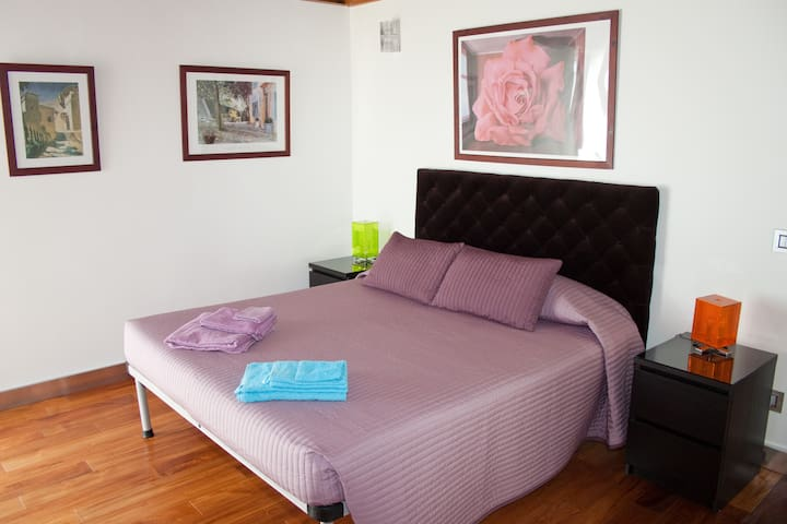 Casale delle Ronde B&B room Marrone - LATINA - Bed & Breakfast