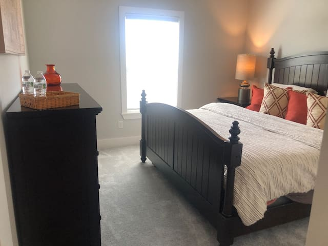 King size private bedroom!