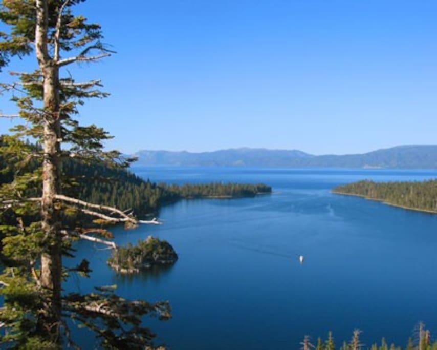Lavish Lake Tahoe Creekside Condo