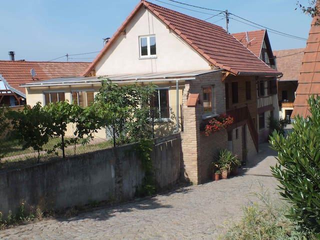 gîte au calme: - Dahlenheim - Appartement