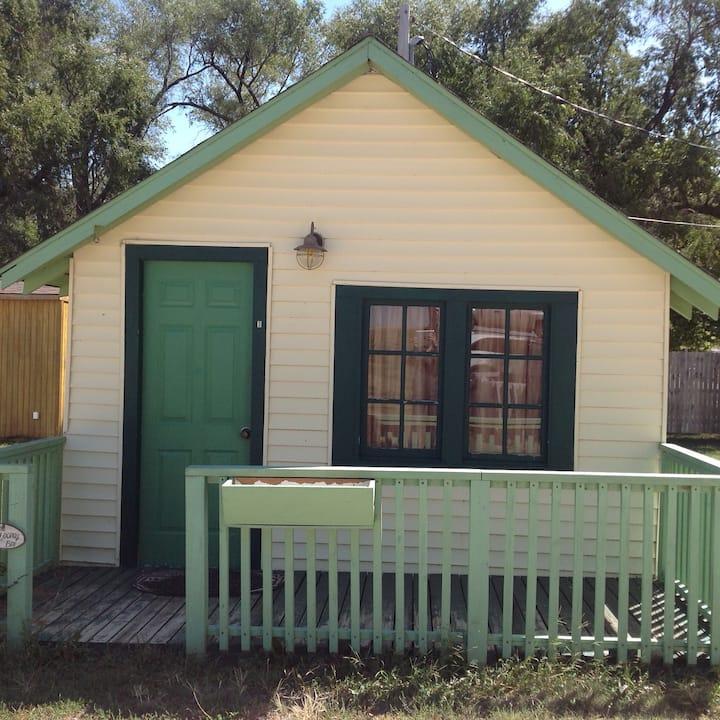 Bird cabin, The Looney Bin