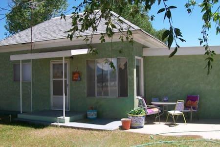 "Artsy Fun Roomy ""at home"" Home - Alamosa"