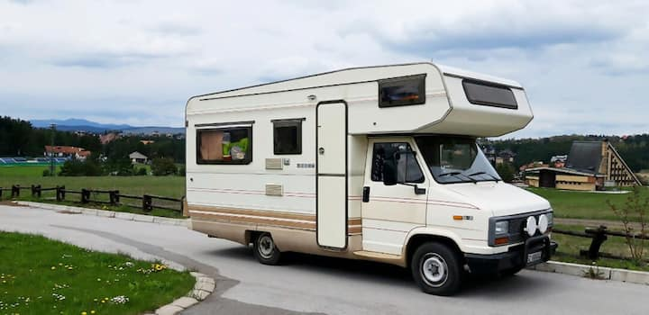 Motorhome Fiat Ducato (6 people) - 80euro/day