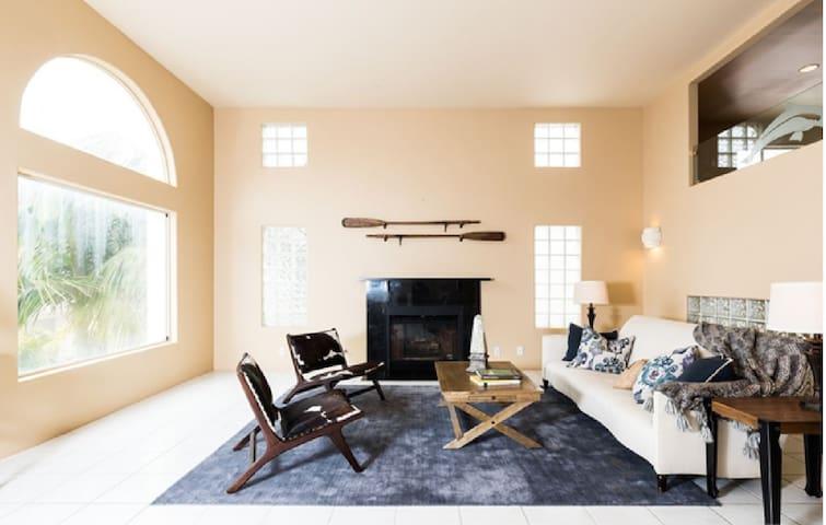 Fantasy Island Beach House - Ventura - Haus