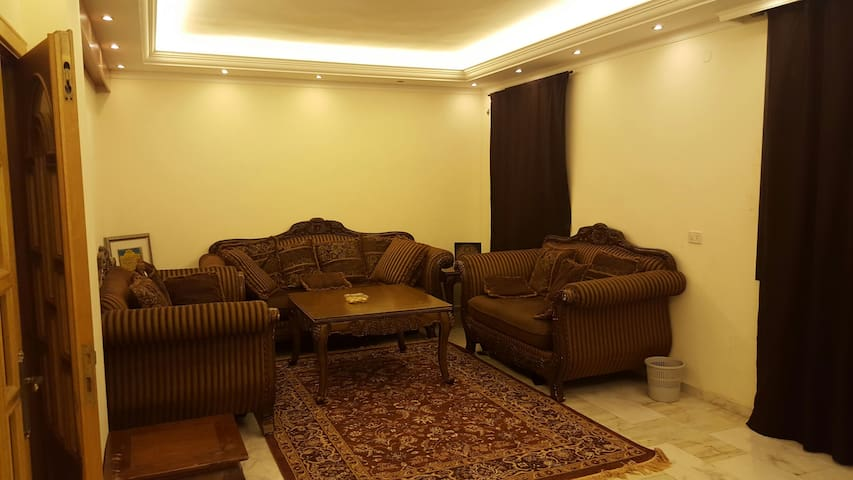 Luxury apartment - Tripoli