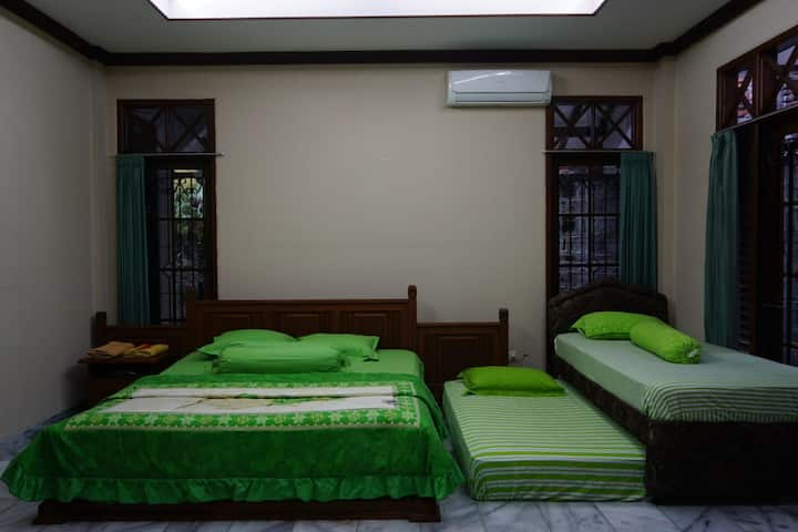 Omah Pelem Yogya - Pelem Private 1 (Family Room)
