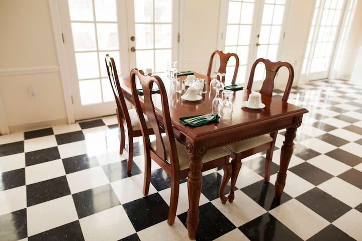 Greenwood Plantation Bed & Breakfast Inn - Saint Francisville - Bed & Breakfast