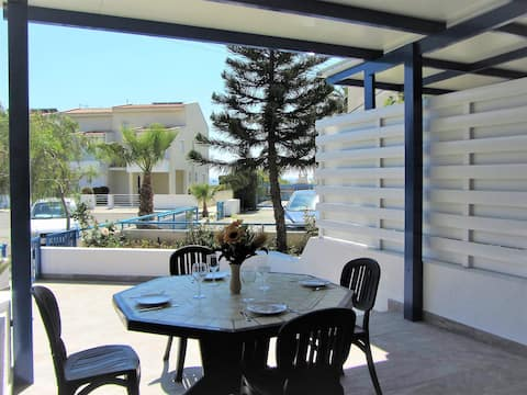One bedroom house 70m. from sandy beach