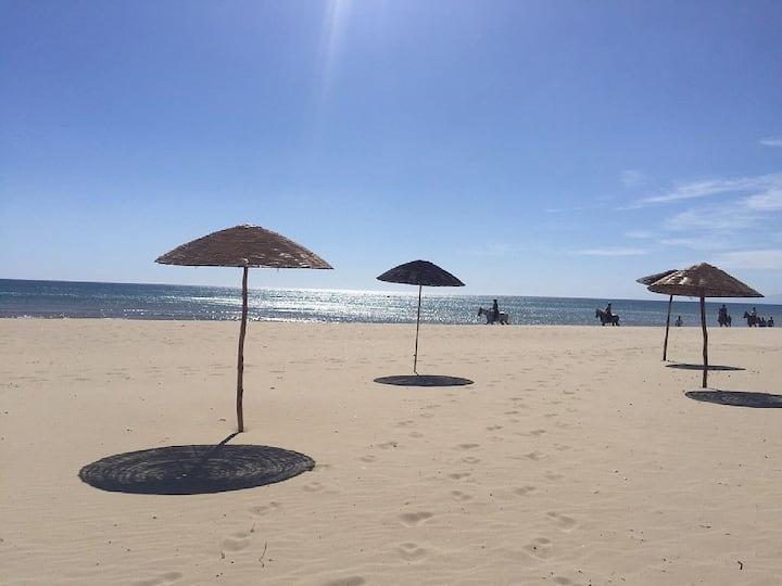 Appartement Ylara Beach, plage à 3min, vue sur mer