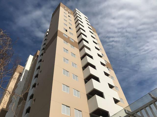 Apartamento de 2 dormitórios com 2 garagens - 15