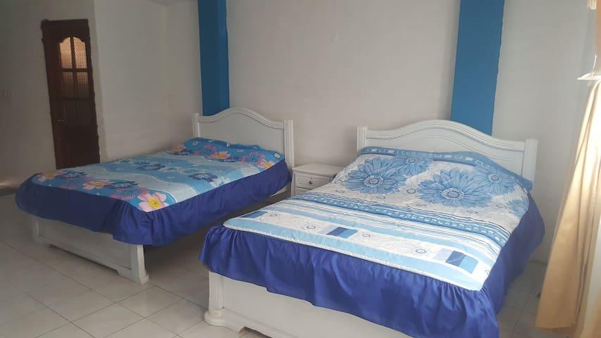 Habitaciones en San Simón de Guaranda.