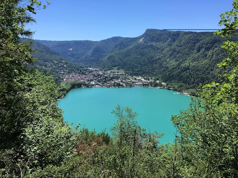 CHALEUREUX APPARTEMENT mont Jura ski à 25 minutes