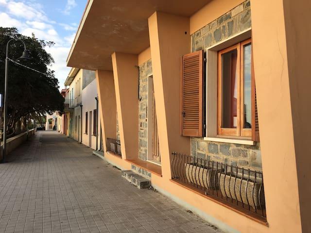 Casa fronte mare - S'Archittu - Huis