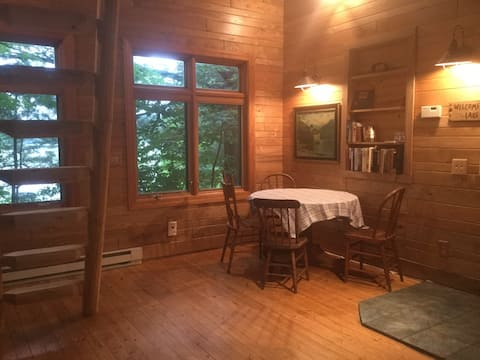 Rustic Promise Bay Cabin on Middle Pine Lake