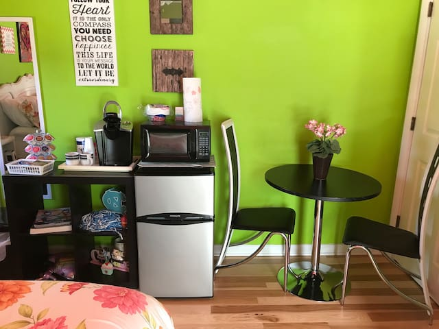 NEW FOR FALL 2018 - Table, Fridge, Microwave, Keurig with free coffee and snacks to start your day