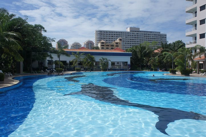Stunning Studio- FREE Electric/WiFi - Pattaya - Appartamento