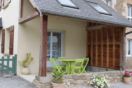 2 Charmante maison à la campagne - Saint Michel de Plélan - Dům