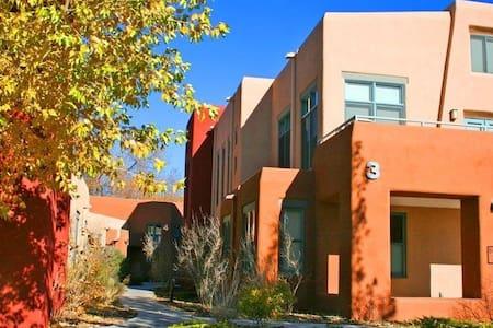 Casa Marquez Luxury Loft - Santa Fe