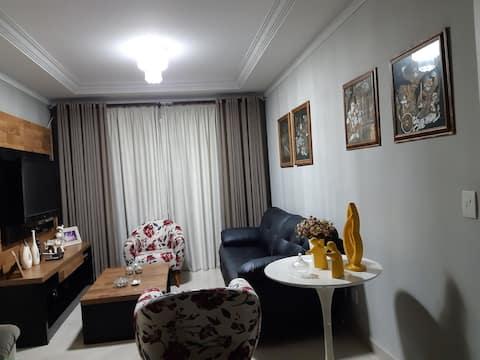 Apartamento confortável, espaçoso perto Alphaville