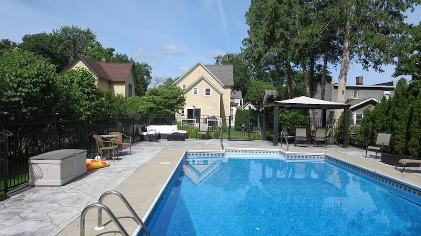 NEW! Gorgeous Pool, Walk to Town, Track and SPAC