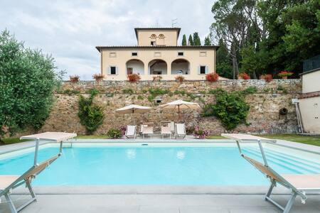 Magnificent 1700's villa in Tuscany - Lucignano