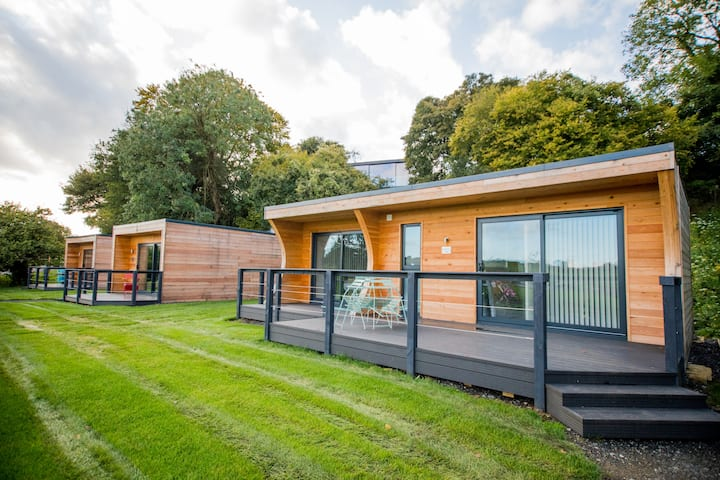 The Woodland Lodge for 2 adults & 2 children