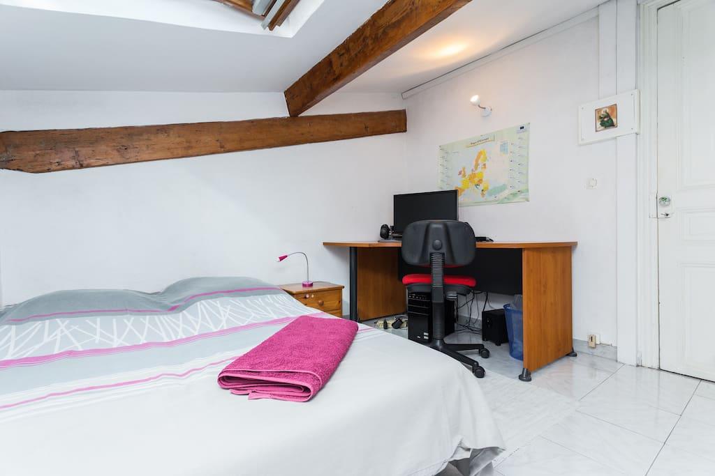 Chambre calme proche centre plage maisons louer for Chambre a louer nice france