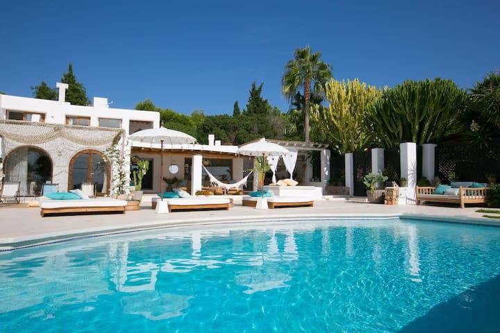 Formentera style villa in Ibiza