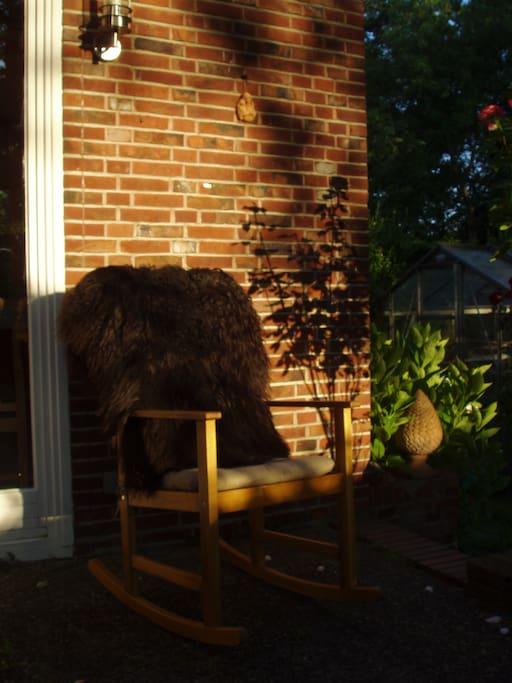 ein gemütlicher Platz auf der Terrasse