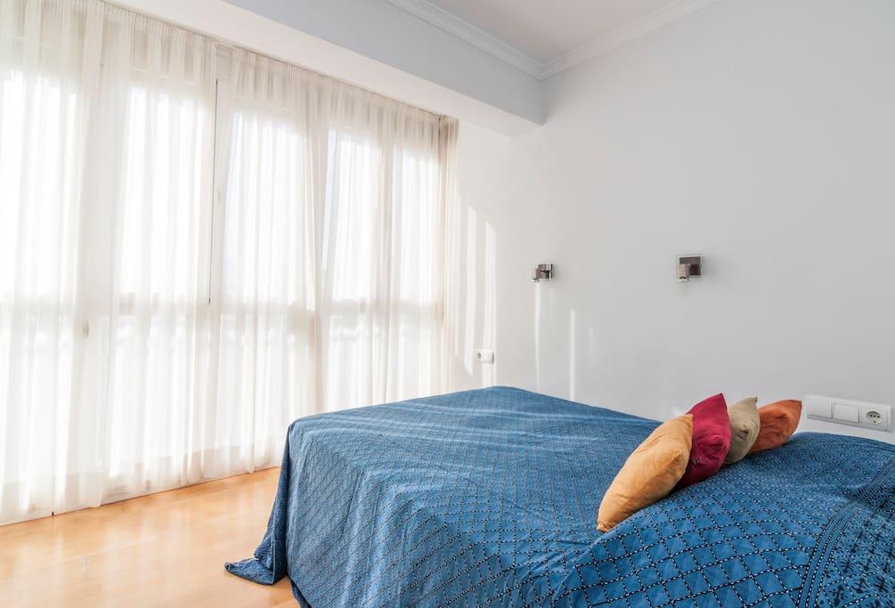 Dormitorio tranquilo y cómodo