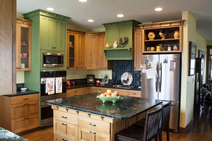 Large home near Silicon Slopes and recreation - Lehi - House