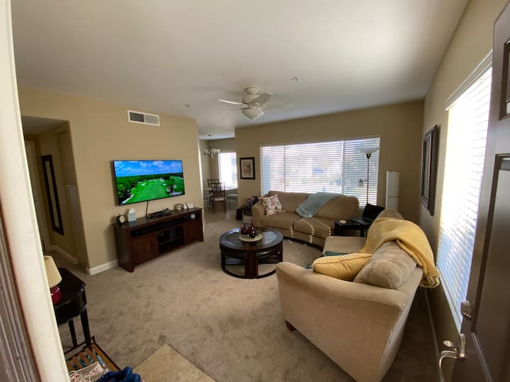 New Rental... Fresh and Clean Chandler Condo!