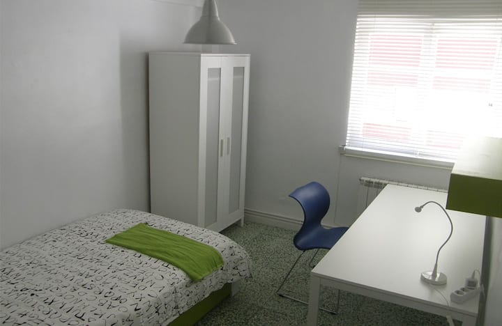 DOWNTOWN APARTMENT - ROOM02
