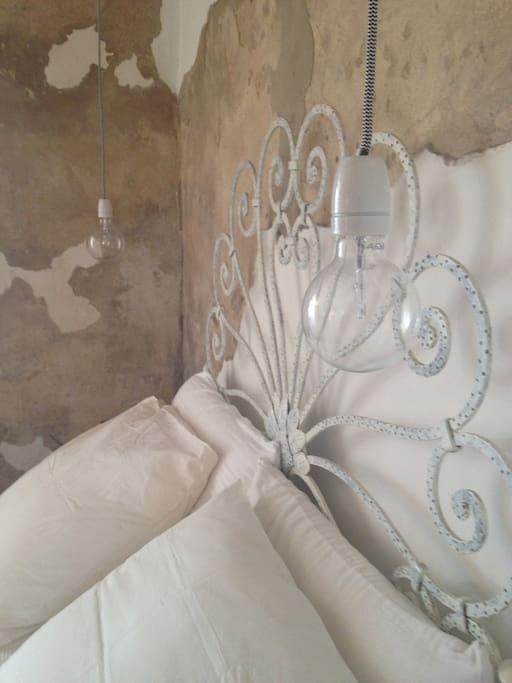 particolare camera- bedroom's detail