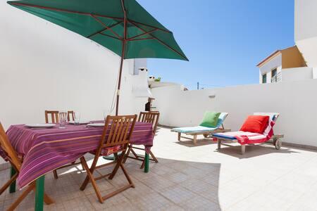 Cosy apartment near beautiful beach - Bordeira - Huoneisto